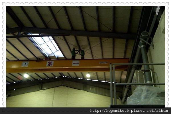 鋼鐵廠,400W水銀燈燈改150W陶瓷複金屬燈,節電62%,照度100Lux >>>150Lux