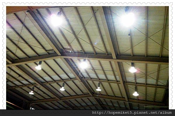 五金廠,400W水銀燈改150W陶瓷複金屬燈,節電60%,照度150Lux >>>300Lux