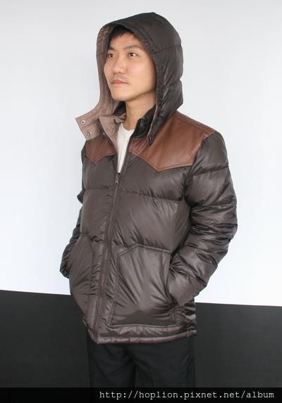 #003 男款雙面穿羽絨外套 售價4580元 尺寸:M~3XL。顏色選擇:深咖+淺咖,帽子可拆 -2