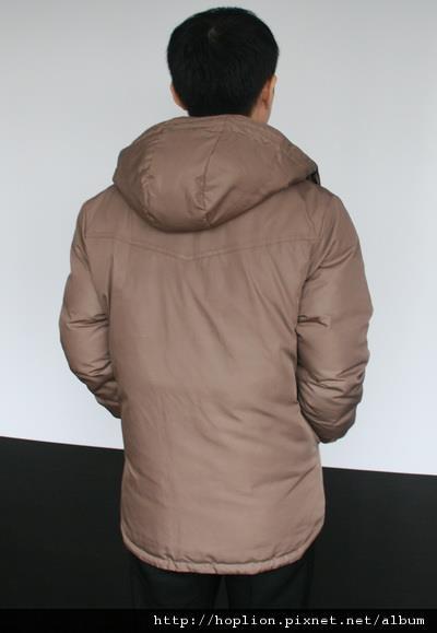 #003 男款雙面穿羽絨外套 售價4580元 尺寸:M~3XL。顏色選擇:深咖+淺咖,帽子可拆 -4