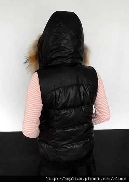女背心(076#) 黑色,S~2XL,售價3280元 -2
