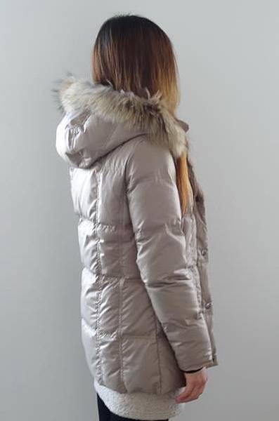 #03017女裝中長版羽絨外套, 杏售價3980元 9