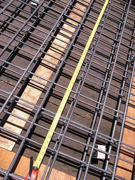 0605二樓頂鋼筋水電完成11.JPG