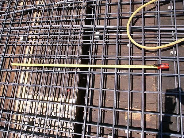 0605二樓頂鋼筋水電完成14.JPG