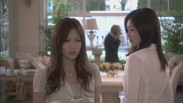 情定大飯店03[(010989)15-34-50].JPG