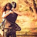 Pleasing-Couple-Love-Hug-Wallpaper