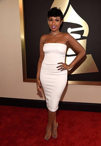 Grammy-Awards-2015-LoveweddingsNG-Red-Carpet-to-Aisle-Jennifer-Hudson.jpg