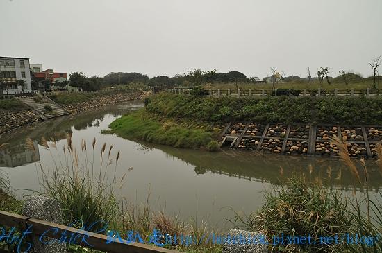 river02.jpg