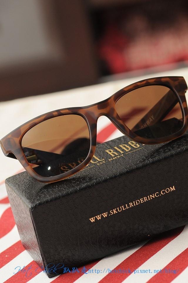 glasses05.jpg