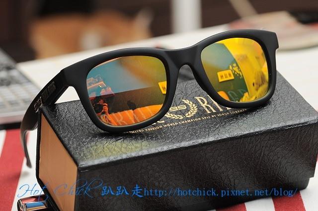glasses08.jpg