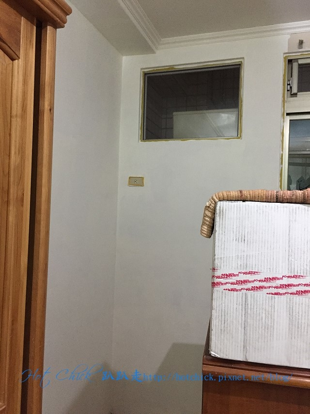 wall04.jpg
