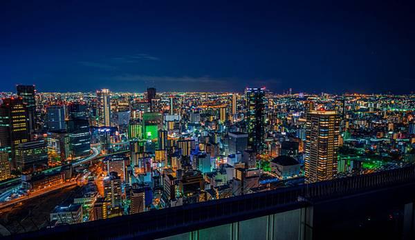 梅田藍天大廈・空中庭園-1024x593.jpg