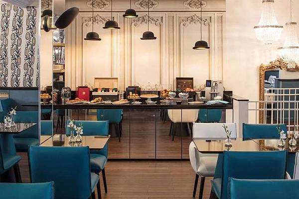 Pastries_Hotel-Malte-Astotel.jpg