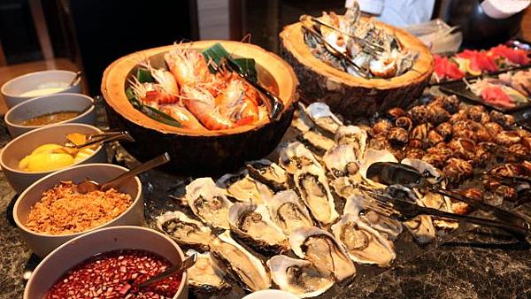 泰國曼谷自助餐2.png