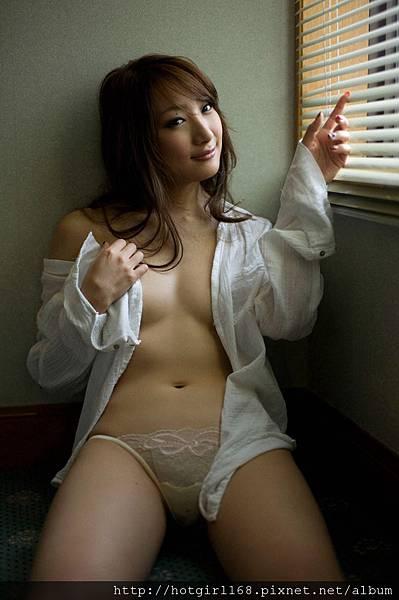 aihara_nana_ex47.jpg