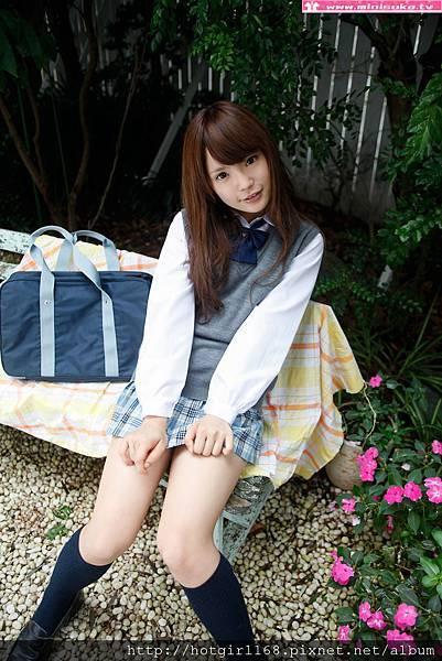 p_manami-s_01_009.jpg