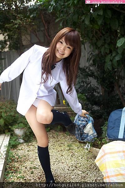 p_manami-s_01_032.jpg