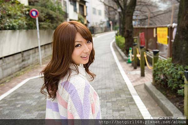 gra_shiori-k003.jpg