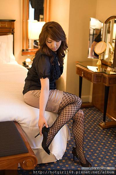 gra_shiori-k051.jpg
