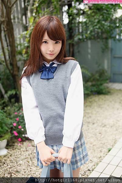 p_manami-s_01_001.jpg