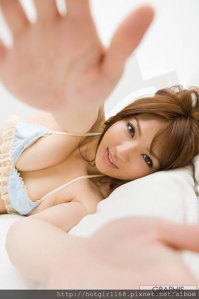 gra_shiori-k016.jpg