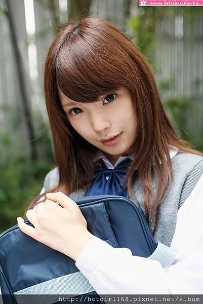 p_manami-s_01_002.jpg