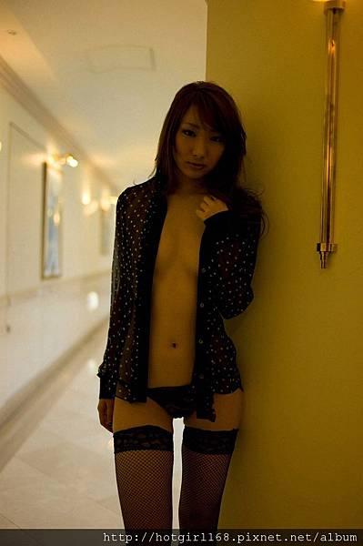 aihara_nana_ex11.jpg