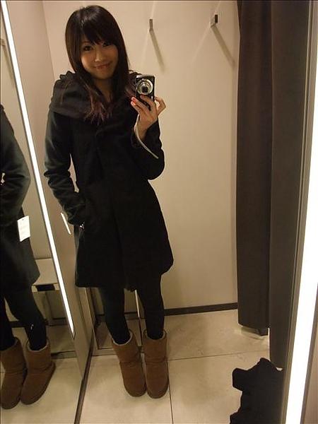 在ZARA買的得意戰利品大衣超愛的.jpg