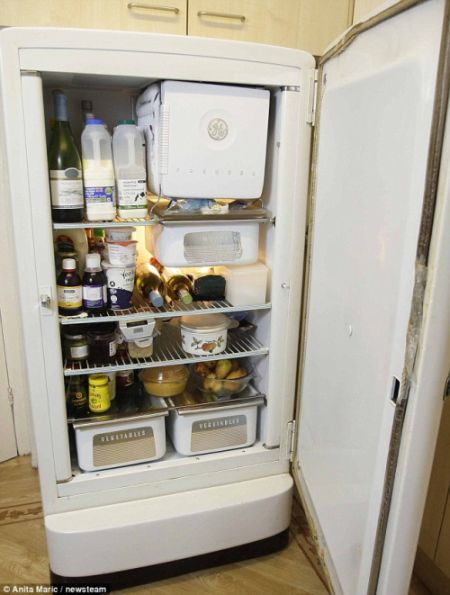 British-oldest-fridge-2.jpg