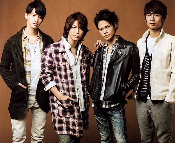 kat-tun_group_photo1.jpeg