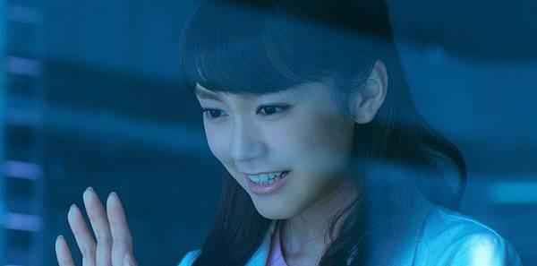 002【暗殺教室:畢業篇】劇照_桐谷美玲加盟本片,笑說只要加入這個劇組就得泡水.jpg