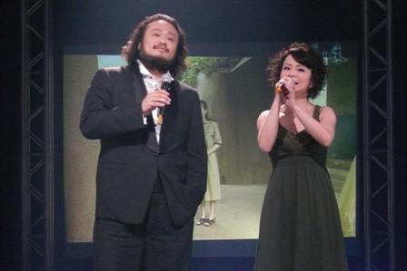 兩位唱戀戀舊山線的主題曲超有fu.JPG