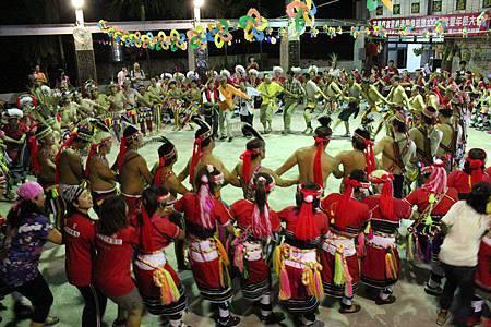 BC139達蘭埠部落豐年祭007.jpg