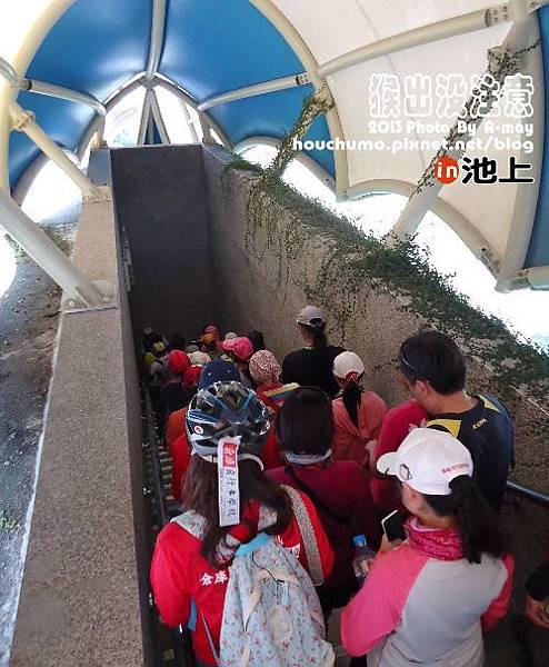 BC213   倉庫自行車06