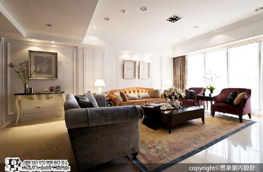 [魔術空間設計]室內設計作品-昱承室內設計-洪華山- 美式新古典優雅風 色彩家具點燃白色豪宅的生命力
