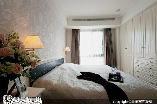 [魔術空間設計]室內設計作品-昱承室內設計-洪華山 -透過美色彩妝 白色鄉村風更具時尚魅力