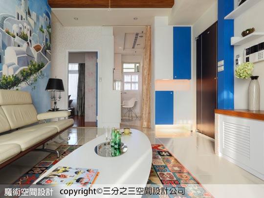 06通透的希臘藍白基調,讓餐廳與臥室更顯輕盈明快。