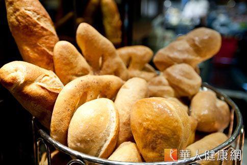 天然酵母麵包較健康?營養價值一樣
