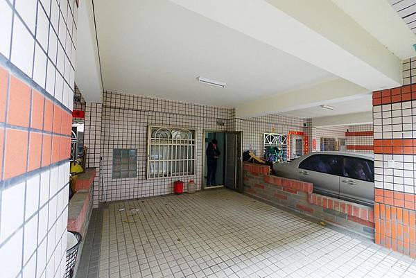 Chenggong E Rd 02.jpg