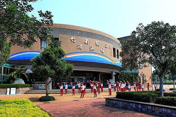 竹南游泳館.JPG