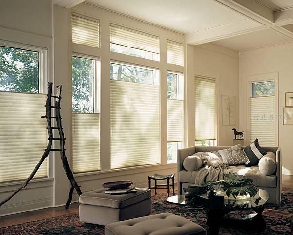alduette_ultraglide_livingroom.jpg