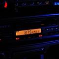 2011/12/28 更換音響主機面板內部四顆燈泡