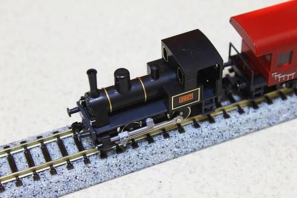 蒸汽機車頭是沒有動力的唷