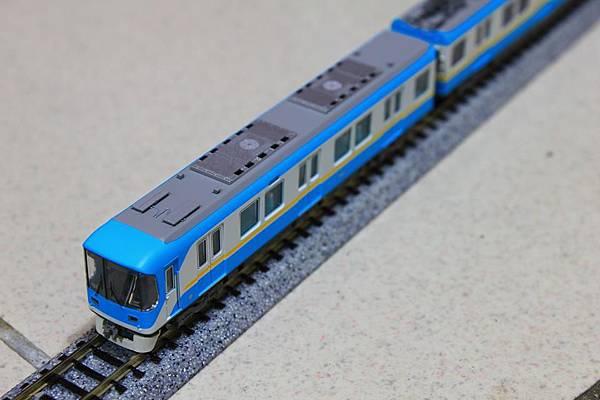 與京都地下鐵東西線直通運轉