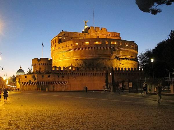 羅馬夜遊-聖天使堡
