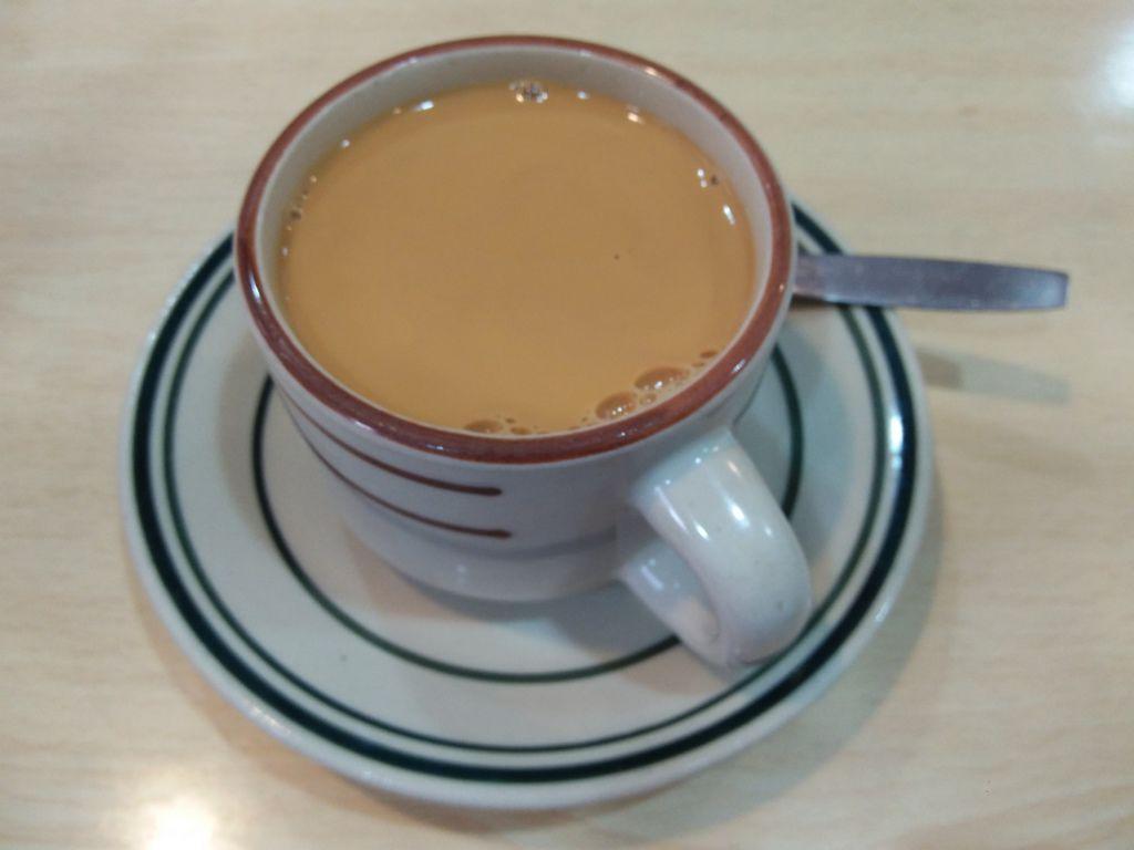 官也街 中心咖啡 港式奶茶.jpg