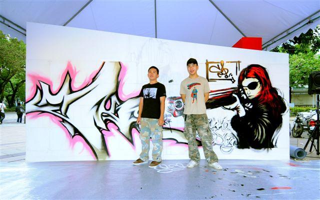 981114這牆很藝術之24小時塗鴉接力馬拉松118.jpg