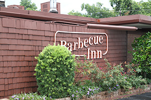 Barbecue_Inn_門口.JPG