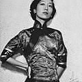 220px-Zhang_Ailing_1954.jpg