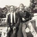 和父親〈香菸依舊不離手〉及家建在子弟學校 盧溝橋